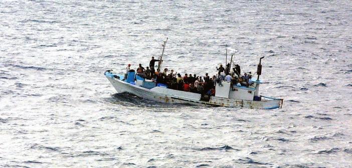 Ecuadorian refugees near Guatemala.  (Credit Wikipedia)