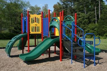 A North Carolina playground (Credit: Wikipedia/Ildar Sagdejev)
